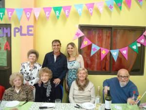 Con Fanny, Flora, Dora, Isaac y Fredy, nuestro profe de teatro!